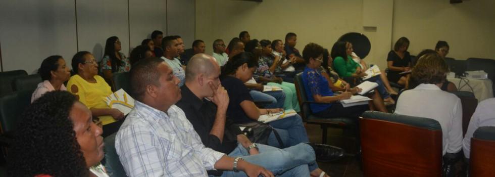 02 Servidores da semiliberdade participam de atividade formativa